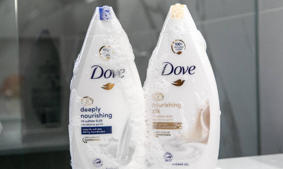 Το Dove συνεργάζεται με την επιδερμίδα σου και μετατρέπει το μπάνιο σε πράξη αγάπης