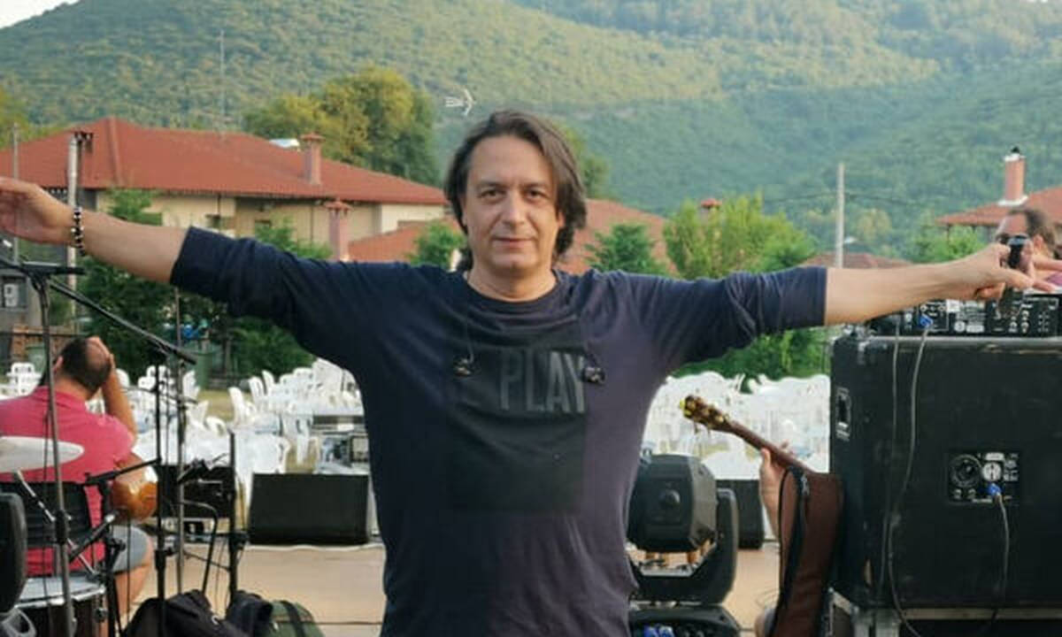 Γιάννης Κότσιρας: Με τον γιο του πάνω στη σκηνή – Δείτε φώτο