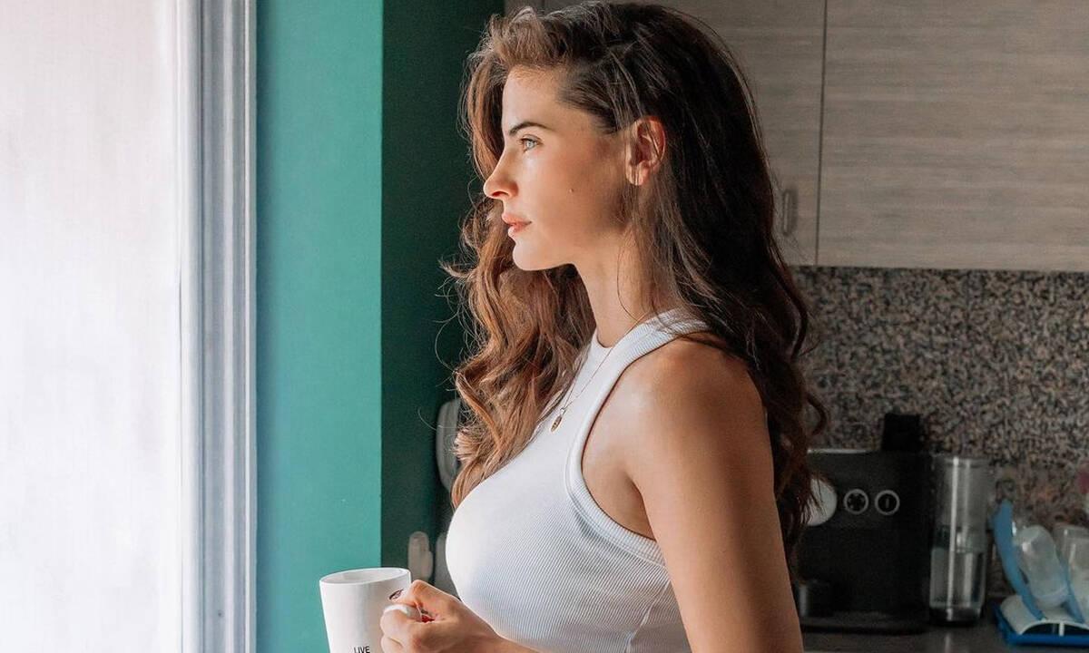Χριστίνα Μπόμπα: Να τι χρησιμοποιεί στην κοιλιά για τις ραγάδες