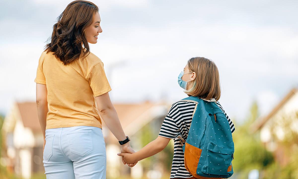 Back to school: Τα λάθη που κάνουν οι γονείς τις πρώτες ημέρες του σχολείου
