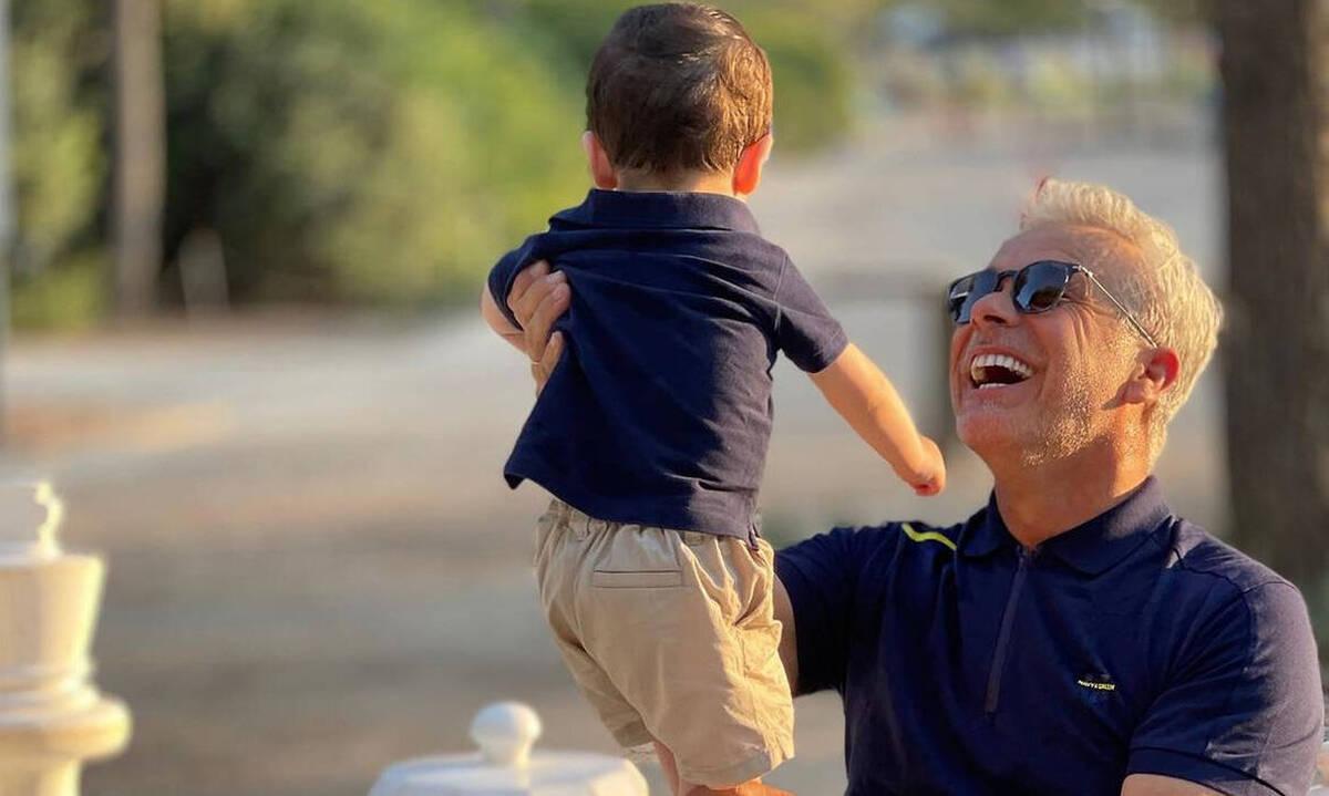 Χάρης Χριστόπουλος: Τι έφτιαξε στον γιο του που έχει τρέλα με τις πόρτες