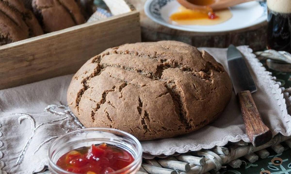 Ψωμί χωρίς γλουτένη από τον Άκη Πετρετζίκη