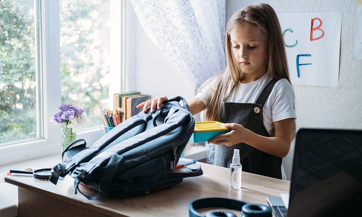 Κολατσιό για το σχολείο: Πιτάκια με τυρί και σπανάκι