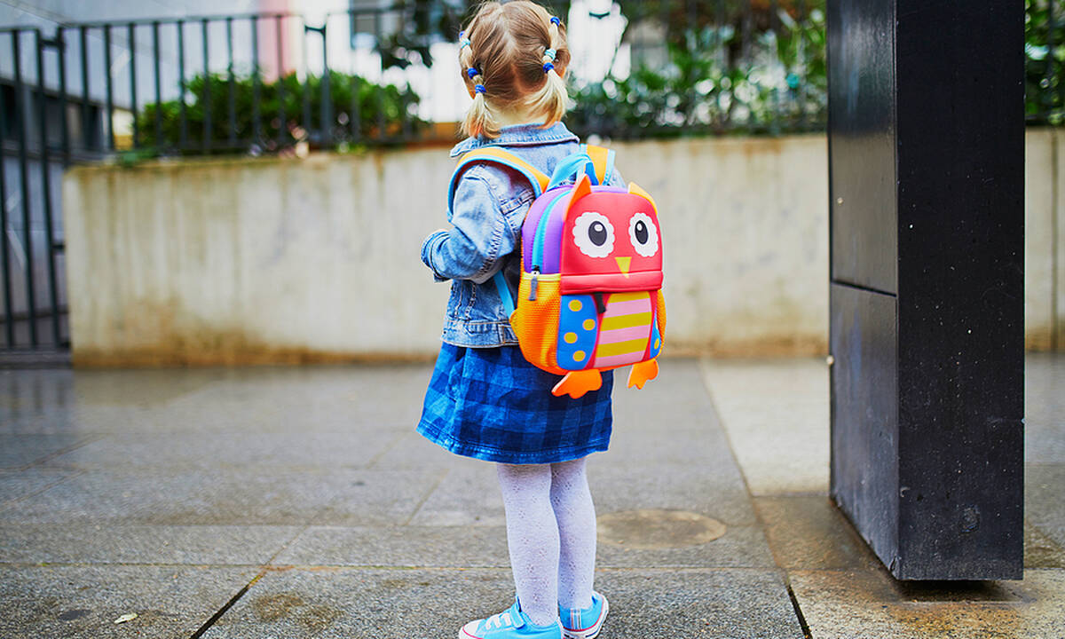 Πρώτη μέρα στο νηπιαγωγείο: Πώς να διώξετε το άγχος του παιδιού
