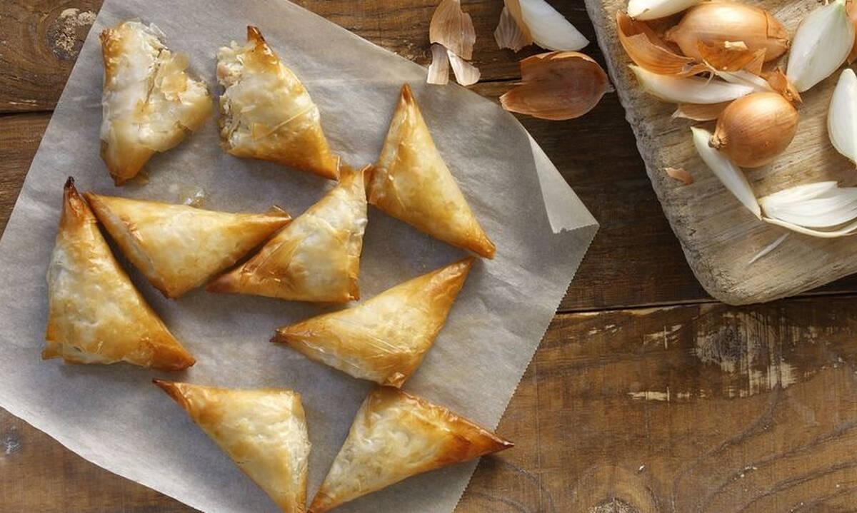 Κολατσιό για το σχολείο: Πιτάκια με κατσικίσιο τυρί & καραμελωμένα κρεμμύδια