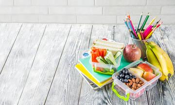 Tips για μαμάδες: Έτσι θα καθαρίσετε τα δοχεία φαγητού των παιδιών σας