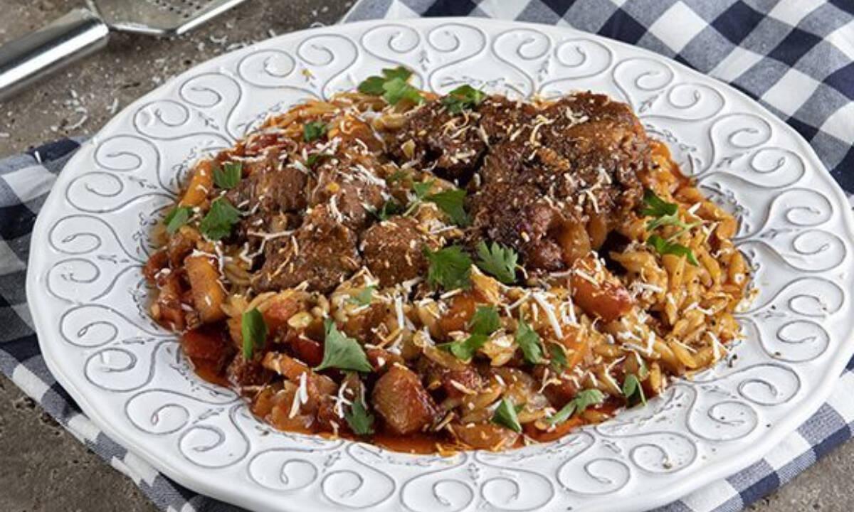 Η πιο εύκολη συνταγή για γιουβέτσι στον φούρνο- Δοκίμασέ τη!