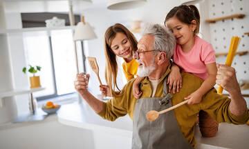 Τρόποι για να ευχαριστήσετε τις γιαγιάδες και τους παππούδες για όλα όσα κάνουν