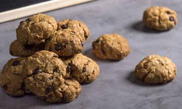 Υγιεινά σνακ για παιδιά: Μπισκότα βρόμης με μπανάνα και κομματάκια σοκολάτας