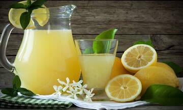 Tips για μαμάδες: Πώς θα βγάζετε τον διπλάσιο χυμό από τα λεμόνια;