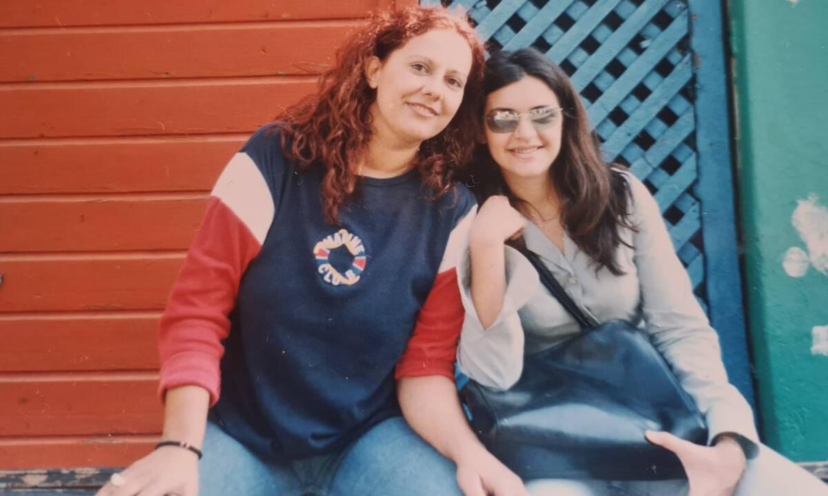 «Σήμερα έχασα τη φίλη μου»: Γιατί δεν μπορούμε να τα κρατάμε όλα μέσα μας