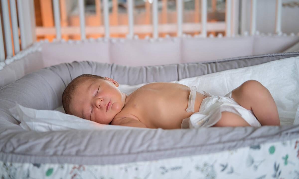 Ομφαλίτιδα στο νεογέννητο: Από τι προκαλείται και πώς αντιμετωπίζεται