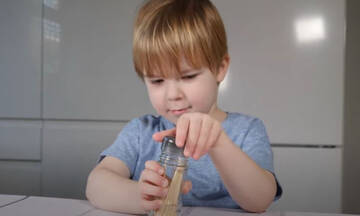 Εκπαιδευτικές δραστηριότητες με οδοντογλυφίδες για νήπια (βίντεο)