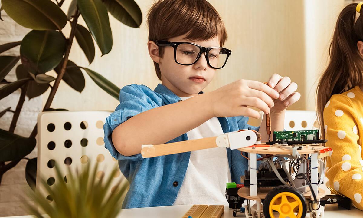 Οκτώ εναλλακτικές εξωσχολικές δραστηριότητες για τα παιδιά