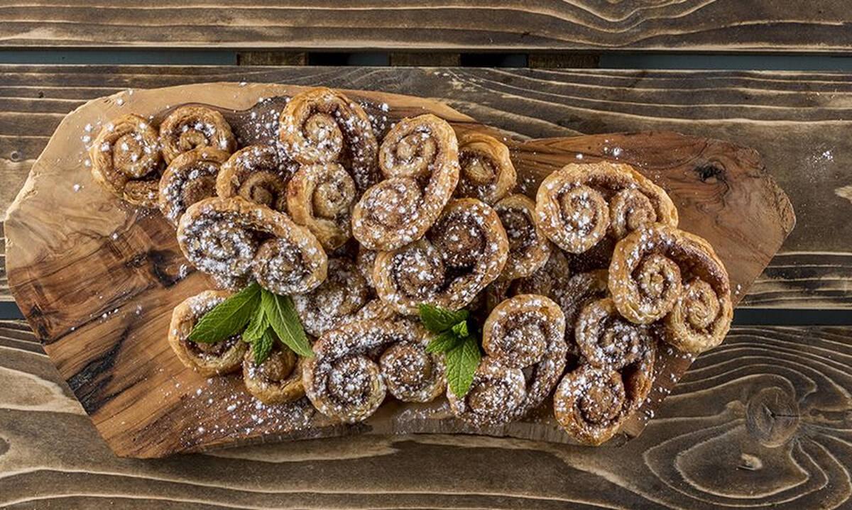 """Palmier ή αλλιώς """"γυαλάκια"""" - Η συνταγή για το γλυκό σνακ που λατρεύουμε"""