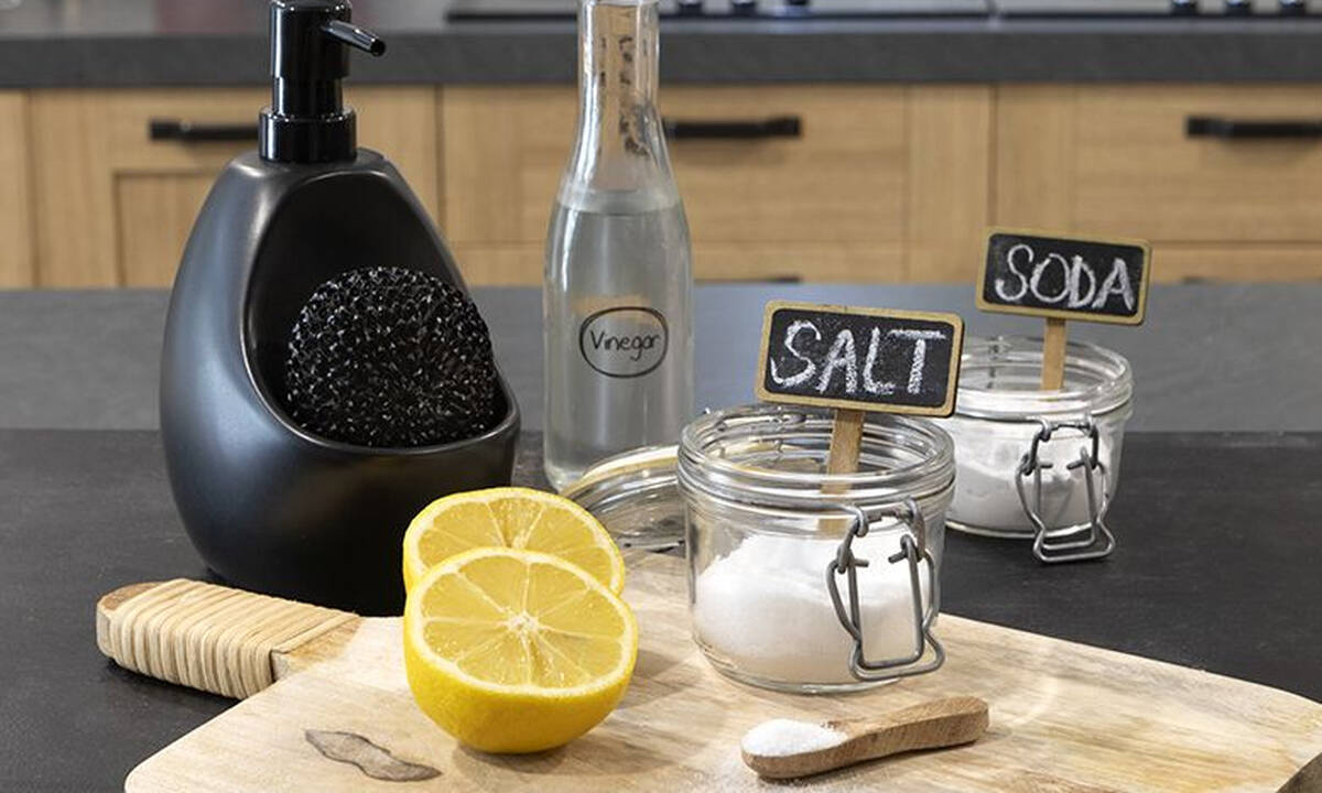 Tips για μαμάδες: Μυστικά για να είναι πάντα η κουζίνα σας καθαρή