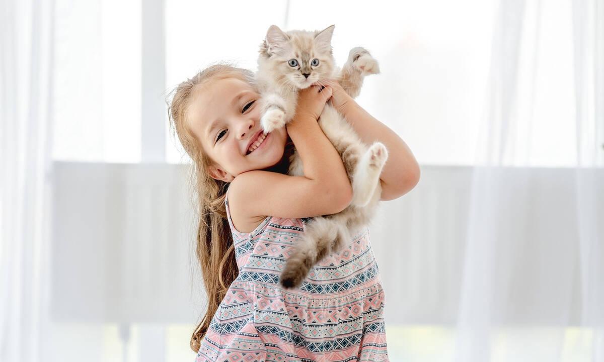 Παιδί και κατοικίδιο: Ποια τα οφέλη από τη συμβίωση του παιδιού με τα ζώα;