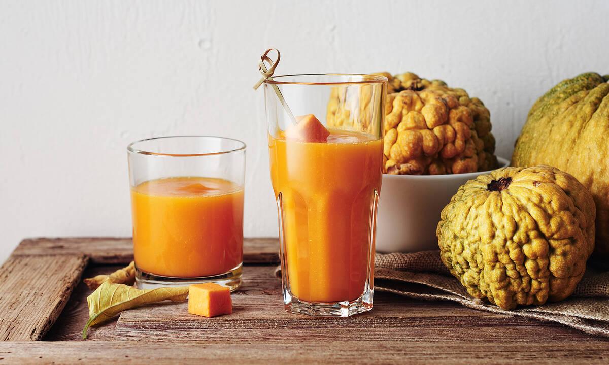 Φθινοπωρινό και σούπερ θρεπτικό smoothie με κολοκύθα για γονείς και παιδιά