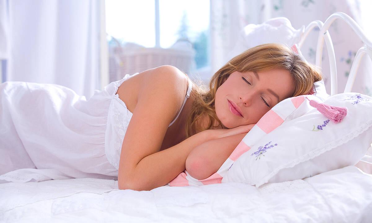 Μπορεί η κατανάλωση νερού να επηρεάσει τον ύπνο σας;