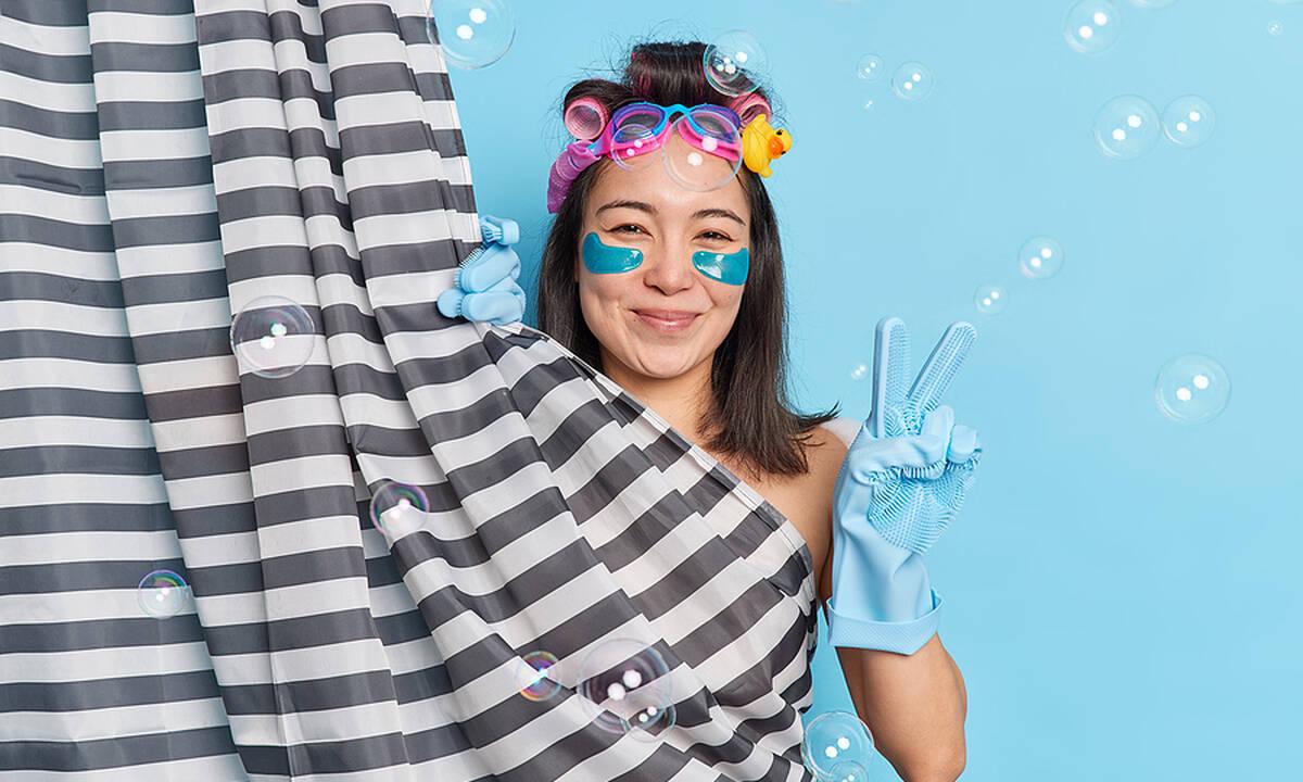 Tips για μαμάδες: Έτσι  θα καθαρίσετε την βρώμικη κουρτίνα μπάνιου