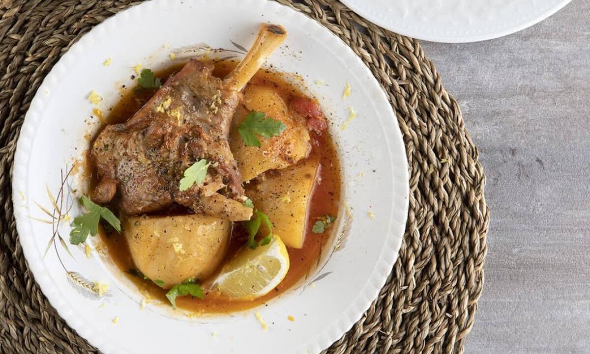Πατατάτο: Φθινοπωρινό φαγητό με πατάτες και κατσικάκι