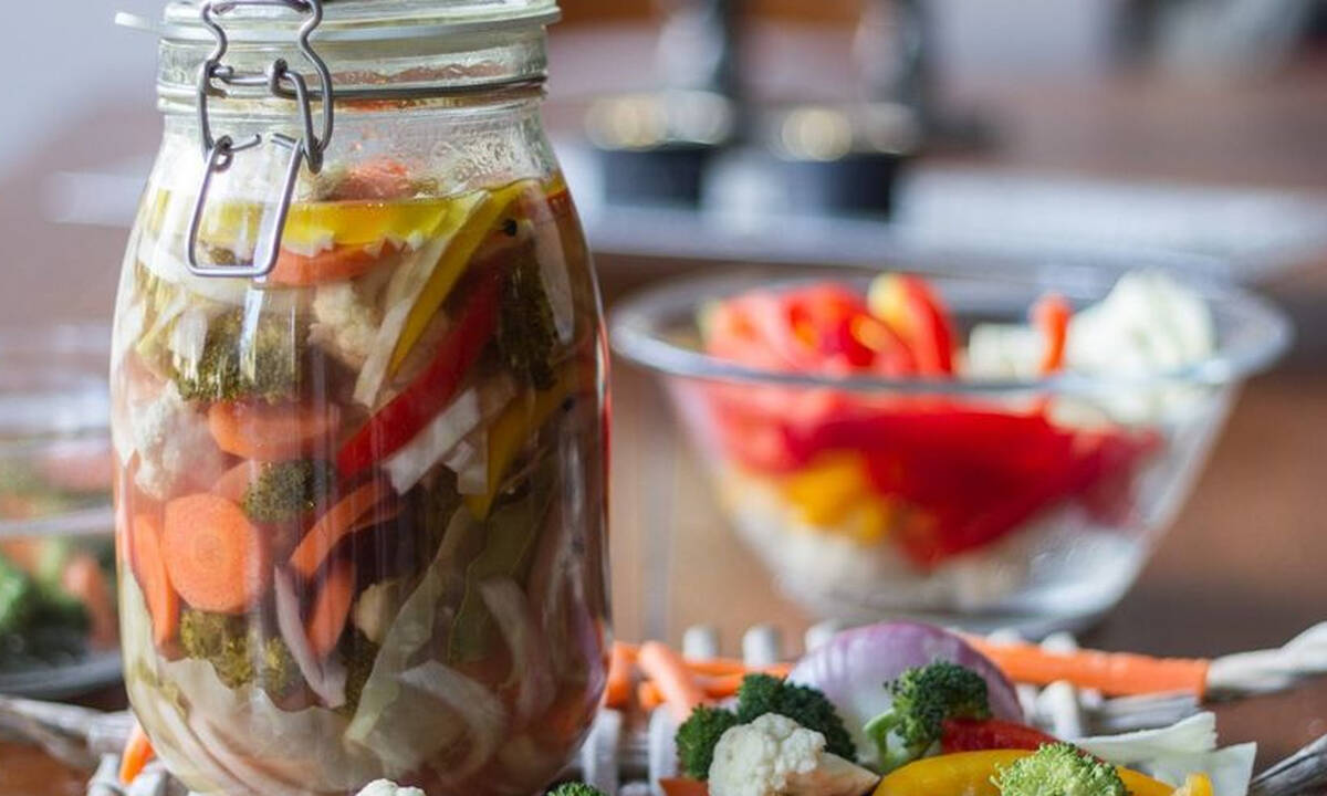Λαχανικά τουρσί - Η διαδικασία για να τo φτιάξετε