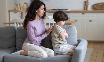 Οι μικρές ενοχές της νέας μαμάς και πώς να τις χειριστεί