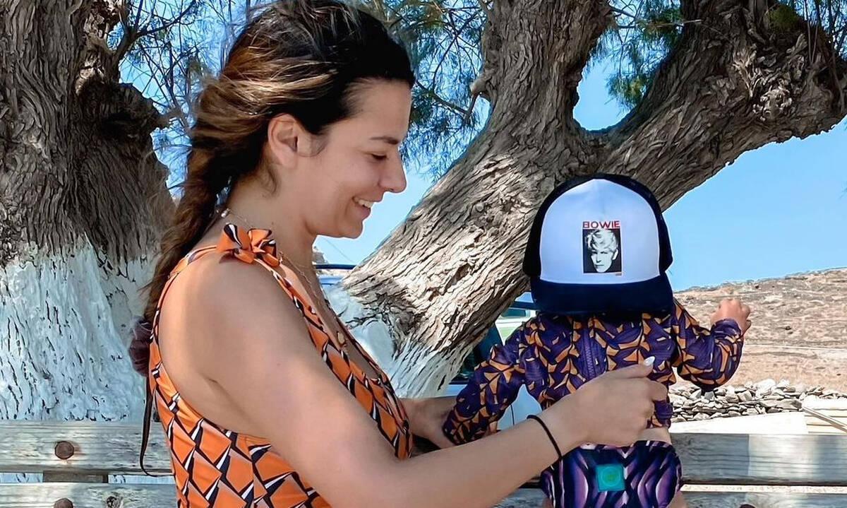 Νικολέττα Ράλλη: Μαμά και κόρη φορούν ασορτί μπότες και τρελαίνουν το Instagram