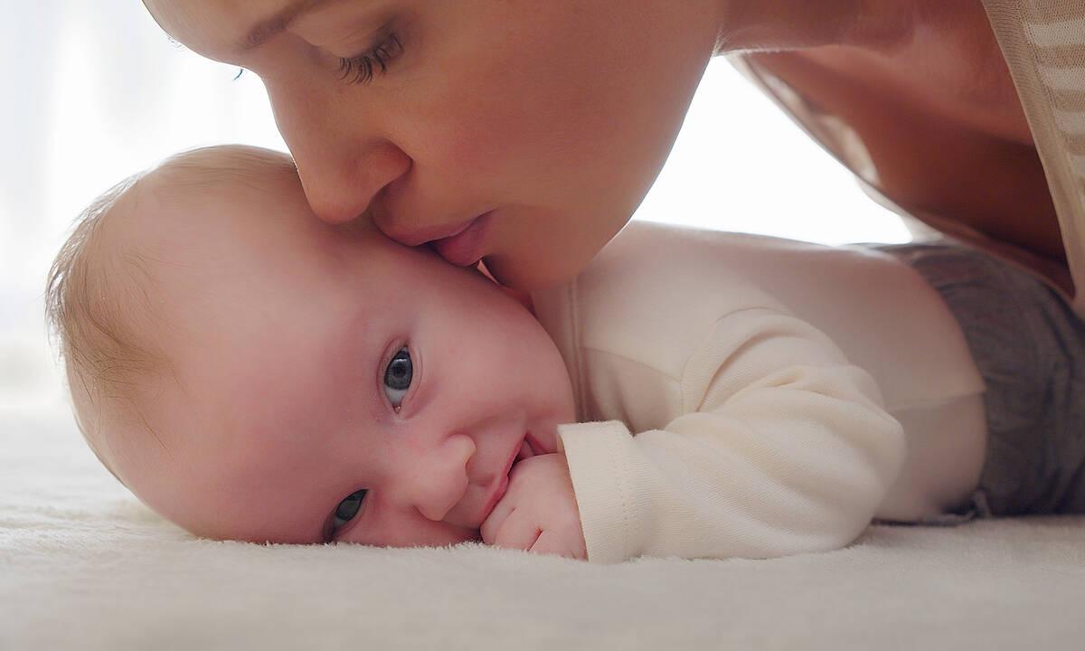 Πώς επιδρά η μυρωδιά του μωρού στον εγκέφαλο της μητέρας;