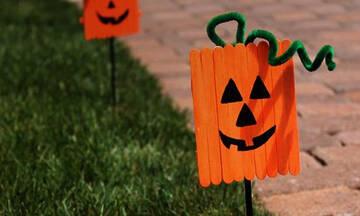 Χειροτεχνίες για παιδιά: Φτιάξτε Halloween κατασκευές με ξυλάκια