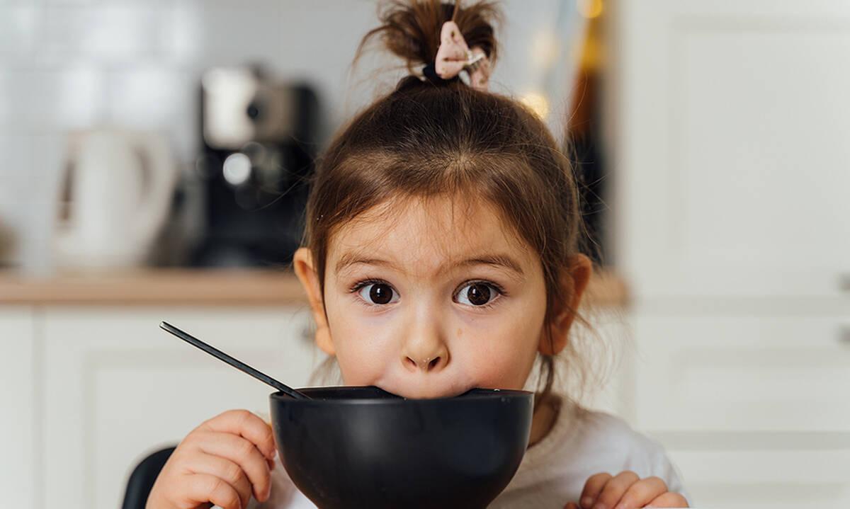 Τέσσερα μυστικά για να αποτρέψετε τα παιδιά από το να γίνουν picky eaters