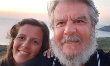 Βασίλης Χαλακατεβάκης: Η 1η βόλτα με την μπέμπα του στην θάλασσα (vid)
