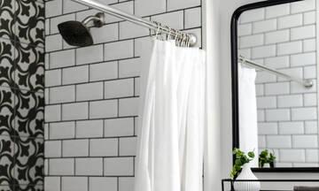 Πώς θα καθαρίσεις εύκολα και σωστά την κουρτίνα του μπάνιου σου
