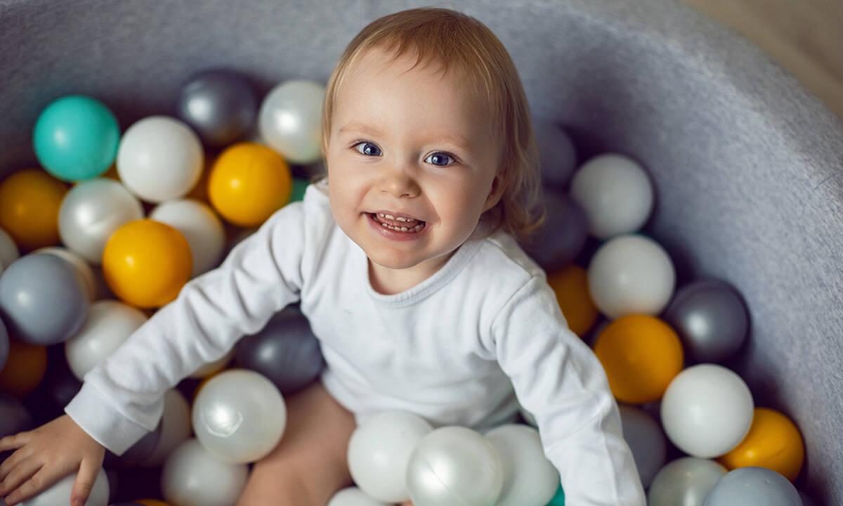 Τα καλύτερα δώρα για τα δεύτερα γενέθλια του παιδιού εκτός από παιχνίδια