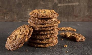 Σνακ για παιδιά: Μπισκότα με σταφίδες, χουρμάδες και φιστίκια
